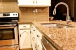 tropic-brown-kitchen_02