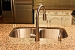 tropic-brown-kitchen_04